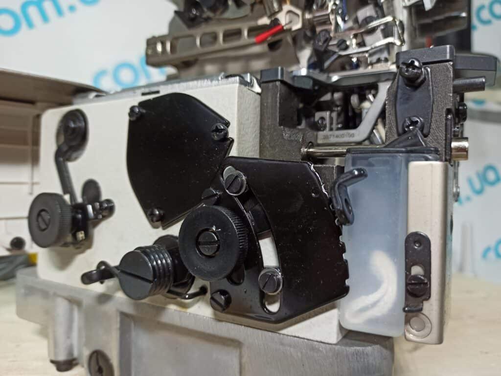 Оверлок промышленный четырехниточный с прямым сервоприводом BRUCE X5S-4-M03