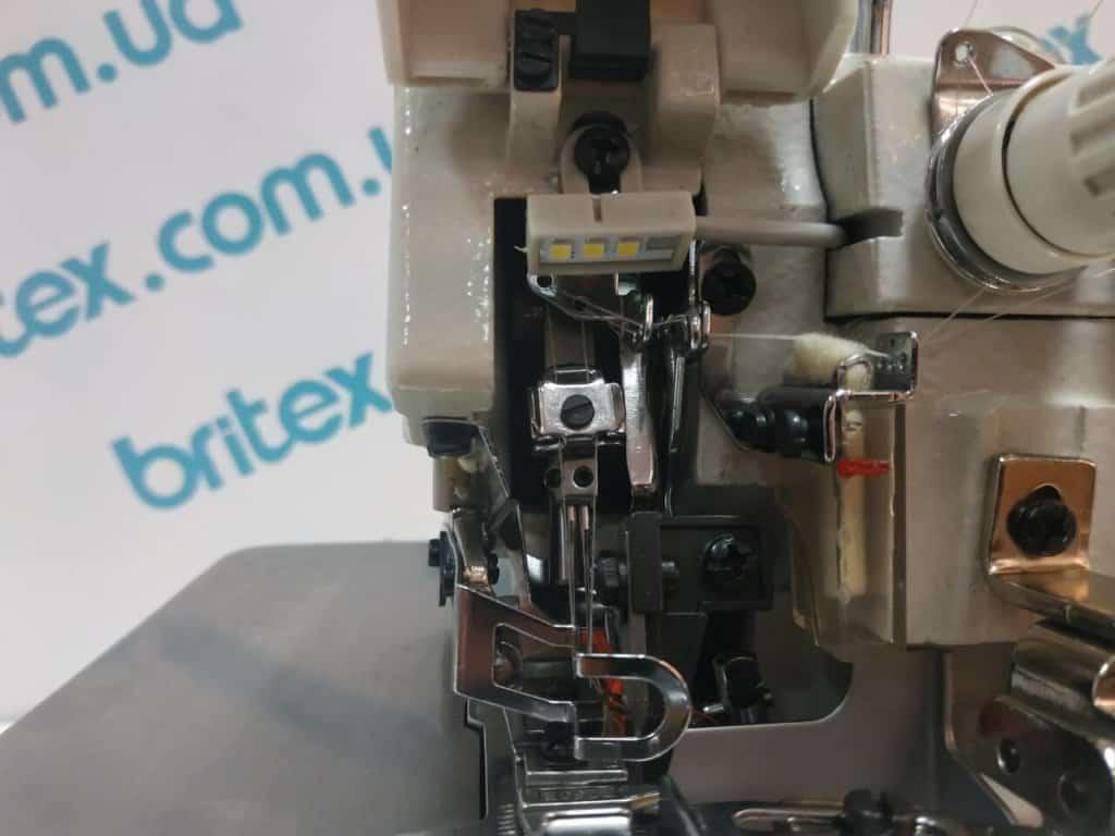 Оверлок промышленный четырехниточный с прямым сервоприводом в голове машины Worlden WD-GT800D-4