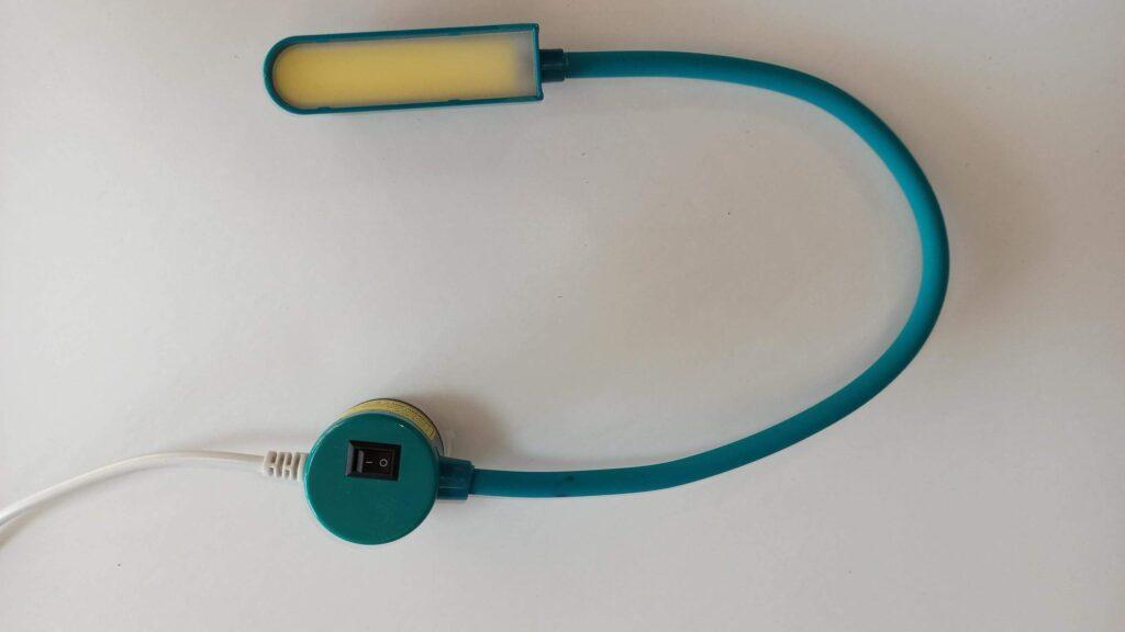 Светильник с длинной  гибкой шеей на магните(6W)-зеленый
