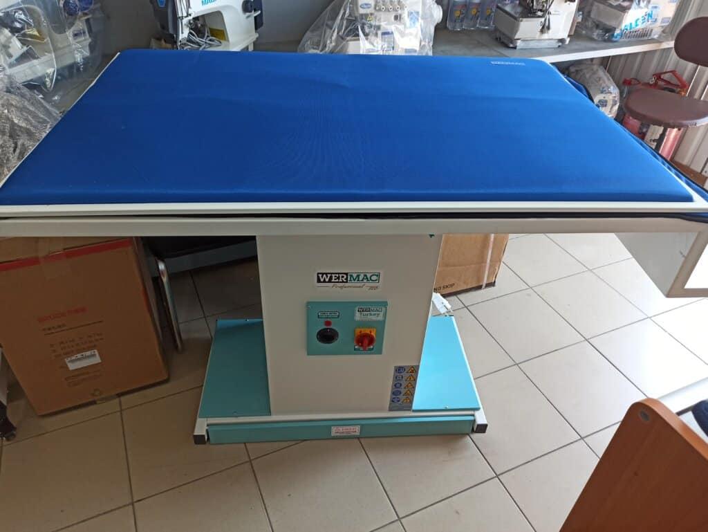 Гладильный стол прямоугольного типа WERMAC C300 Professional