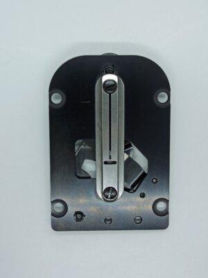 Игольная пластина для петельной машины в сборе