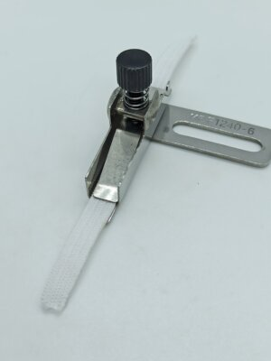 Приспособление для настрачивания резинки на оверлоке до 6мм